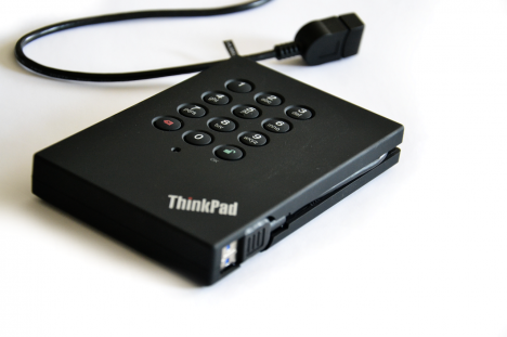 ThinkPad USB 3.0 Portable Secure HDD (3)