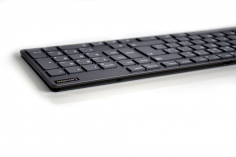 Lenovo Professional Ultraslim Wireless Combo Keyboard and Mouse - Czech and Slovakia 4